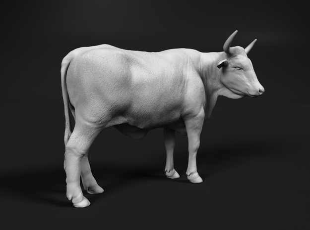 ABBI 1:64 Standing Cow 2 in Smooth Fine Detail Plastic