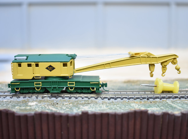 250 ton Industrial Brownhoist crane in Z scale in Smooth Fine Detail Plastic