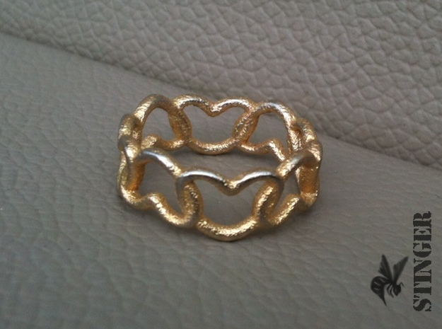 Connected Hearts Ring Size 7 in Polished Gold Steel