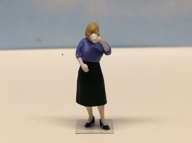 Female Drinking Coffee 1940's in Smoothest Fine Detail Plastic: 1:64 - S