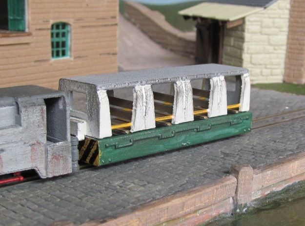 009 Colliery Coach in White Natural Versatile Plastic