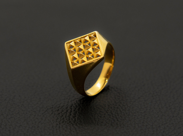 Pyramid Pattern Signet Ring in 14k Gold Plated Brass