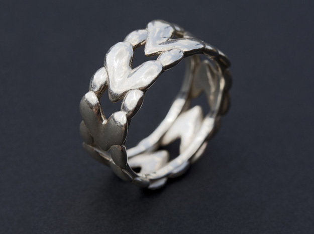8 Hearts Ring (Size 18) 3d printed 8 Hearts