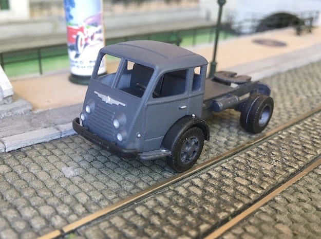 1:87 Renault R4140 / Saviem Tancarville semi in Smooth Fine Detail Plastic