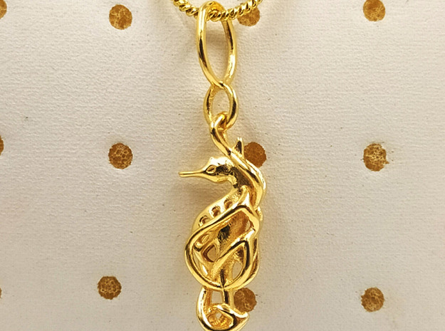 Sea horse pendant in 14k Gold Plated Brass