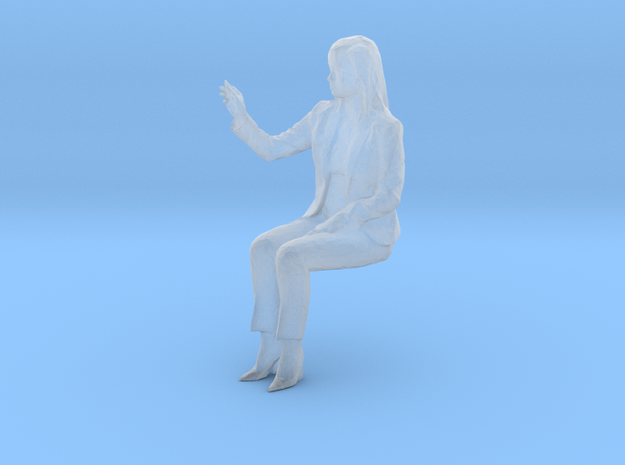 S Scale Sitting Woman in Smooth Fine Detail Plastic