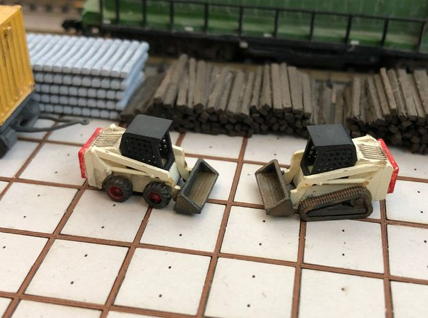 N Scale Bobcat S550 + T550 2pc in Smooth Fine Detail Plastic