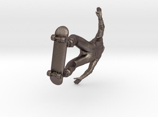 H0 grinding Skater in Polished Bronzed Silver Steel