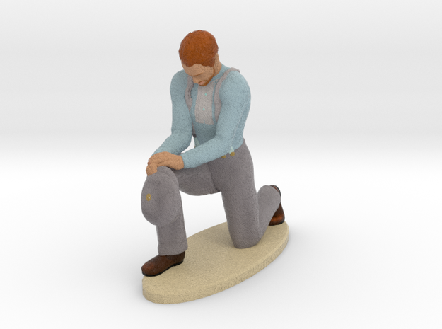 Edwardian Man Praying 3d printed