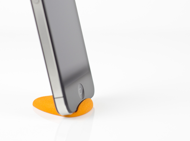 Curvestand for iPhone 3d printed