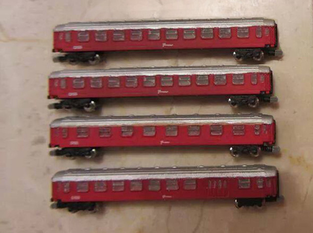 DSB Intercity train T gauge 1:450 (Cars only) in Frosted Ultra Detail