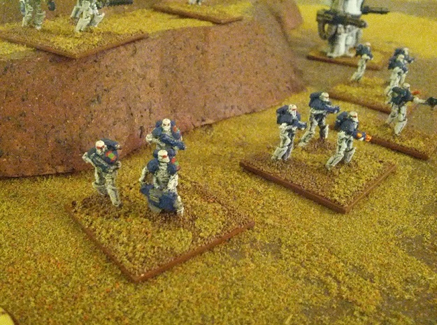 15mm Legionary Crusaders w/ Plasma Rifle (x10) in White Natural Versatile Plastic