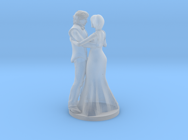 Couple Dancing in Smooth Fine Detail Plastic