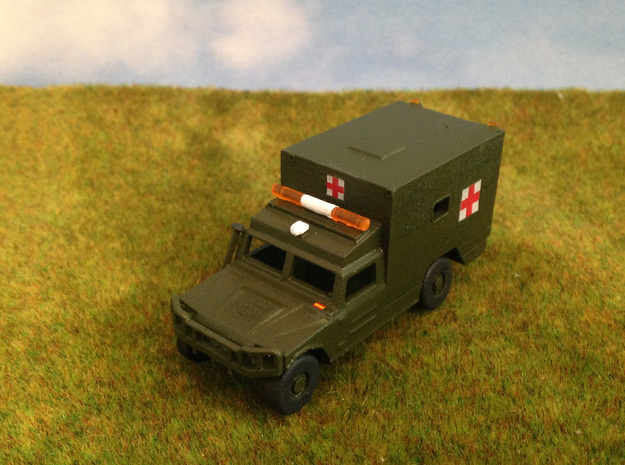 URO VAMTAC-Ambulancia-H0 in Smooth Fine Detail Plastic