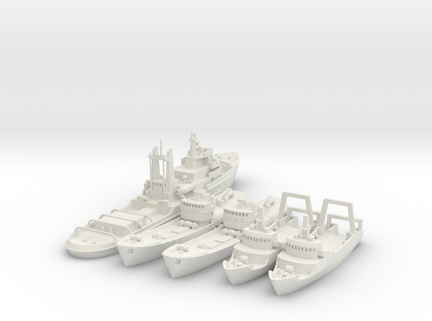 1/700 Lloydsman tug and trawlers in White Strong & Flexible