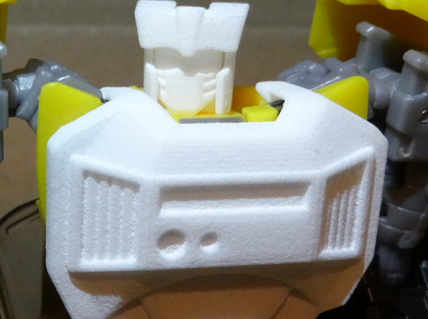 Gen. Tailgate (IDW Version) Chestplate in White Strong & Flexible Polished