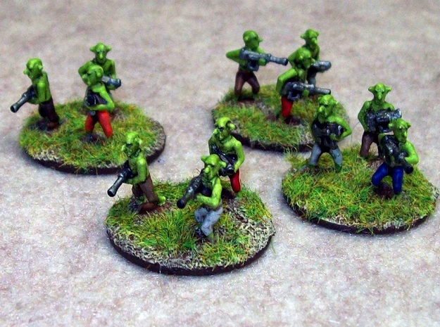 15mm Greenskin Gobbos (x12) in White Natural Versatile Plastic