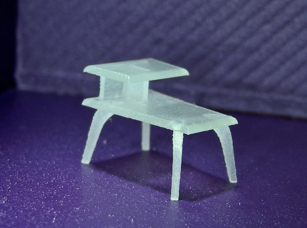 1:48 Moderne Wedge Side Table in Smooth Fine Detail Plastic