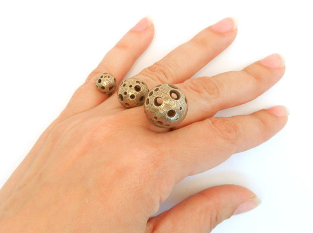 Triple Moonball Ring 3d printed