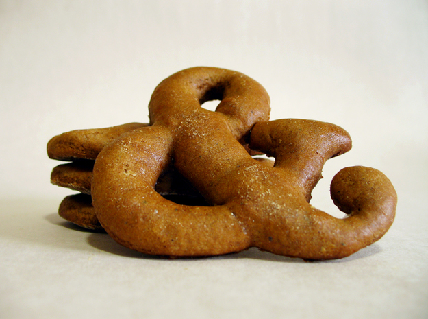 Ampersand typographic cookie cutter 3d printed Gingerbread cookies!