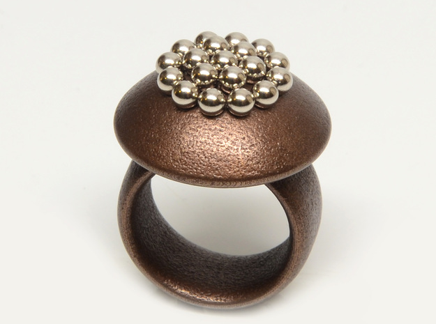 Magnetic Sculpture Ring Size 7 3d printed magnetic sphere in their dimples