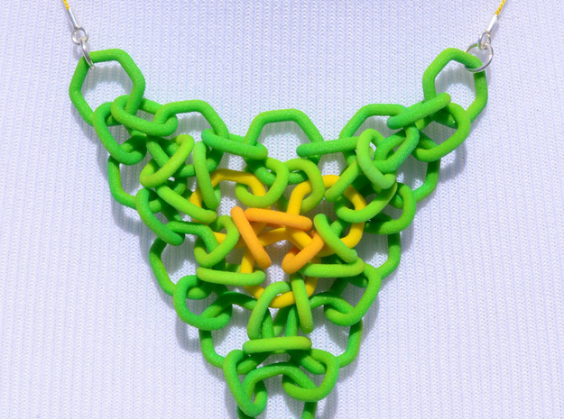 Green to Yellow Mesh Pendant 3d printed