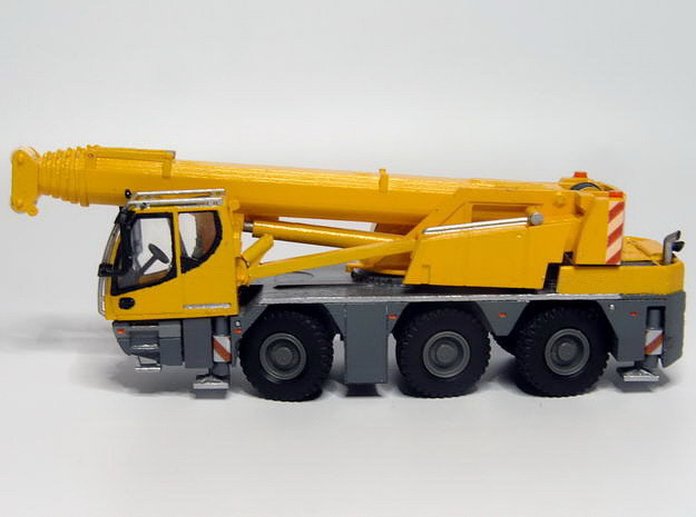 1:87 crane 45to.,3axle - Autokran 45to.,3achs FS in Smooth Fine Detail Plastic