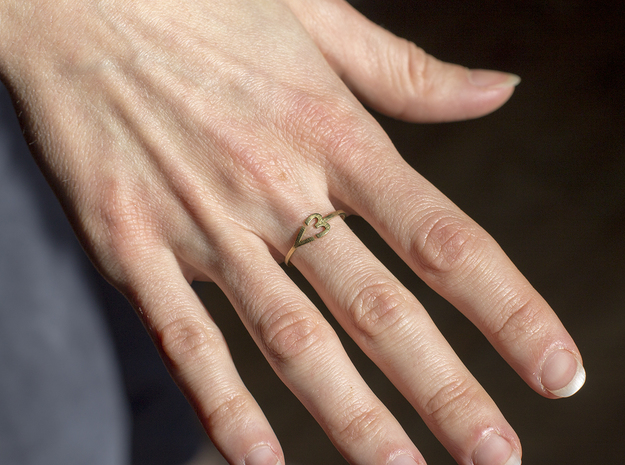 I heart Ring in 18k Gold Plated Brass: 7.5 / 55.5