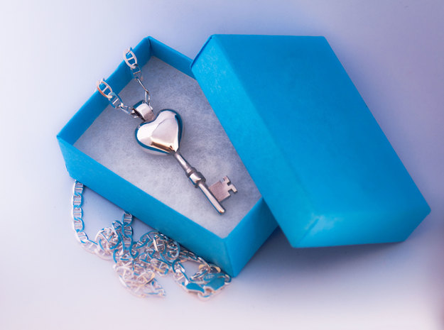 The key to a heart, 004 in Polished Silver