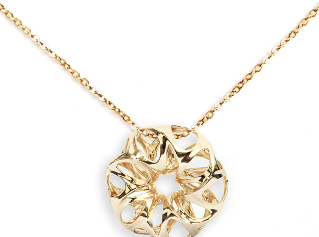 Summer Flower Pendent in 14k Gold Plated Brass