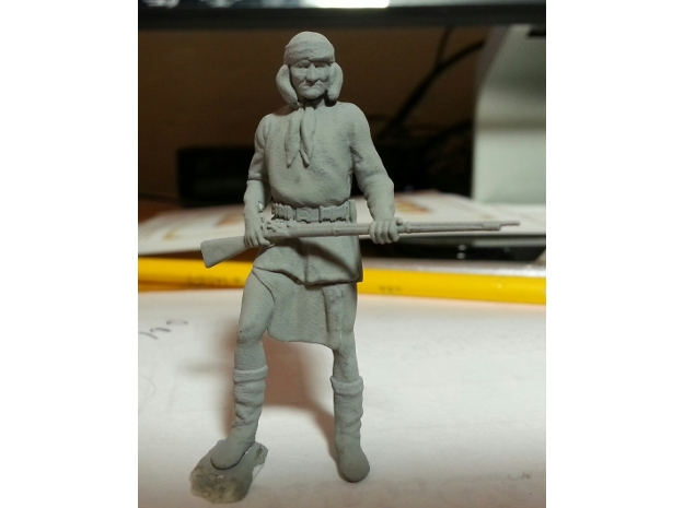 1:32 scale Gironimo Standing in Smoothest Fine Detail Plastic