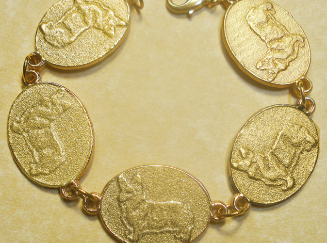 This is what I made from five of these medallions, and people seem to like it!