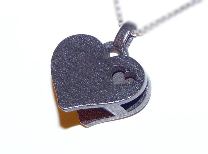 heart letter pendant3