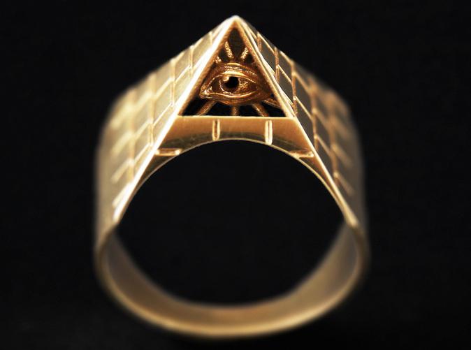 Illuminati Ring Dmcpyvy8r By Ryankittleson