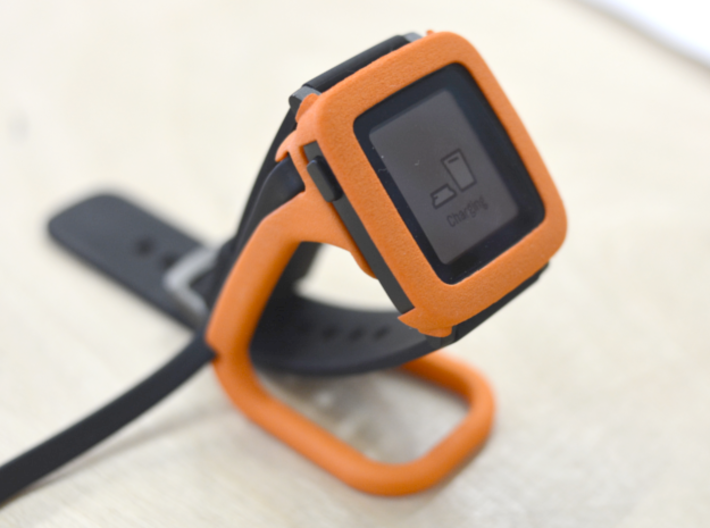 Pebble Time / Time 2 cover / bumper 3d printed Showed with Pebble Time charging dock.
