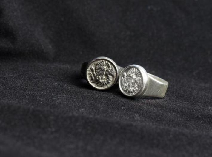 Seal of Cagliostro, Size 9 3d printed Steel (left) and silver (right)