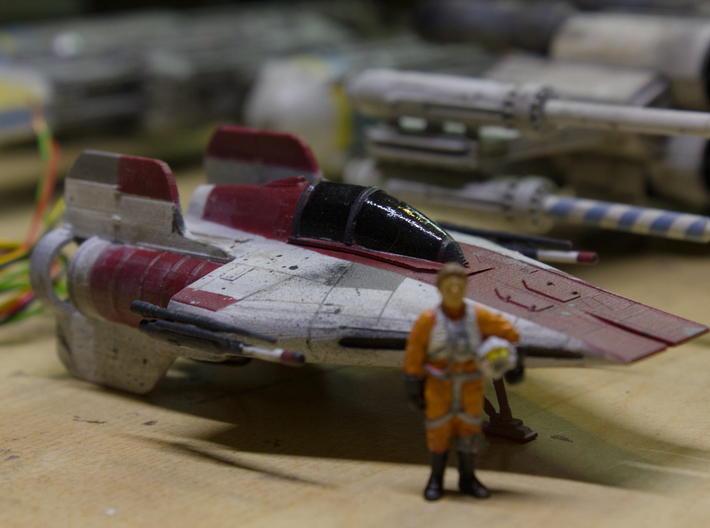 A-Wing 1/72 scale 3d printed w/ finemolds rebel pilot