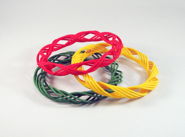 Twist Bangle C01M 3d printed
