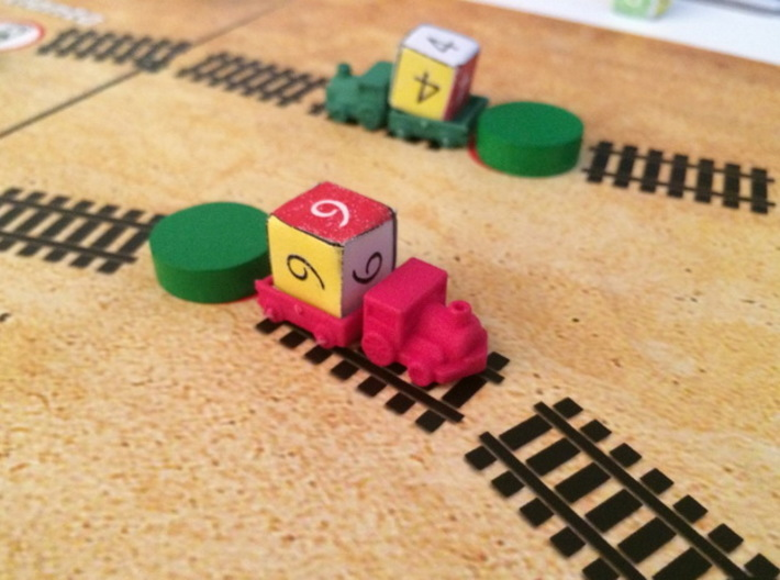 Trains (6 pcs) 3d printed Polished Strong Flexible (red, green). Pic courtesy of David Thompson