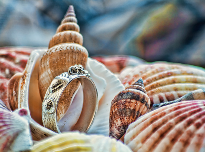 Sea Shell Ring 1 - US-Size 10 1/2 (20.20 mm) 3d printed Seashell Ring in polished silver (shown: size 10)