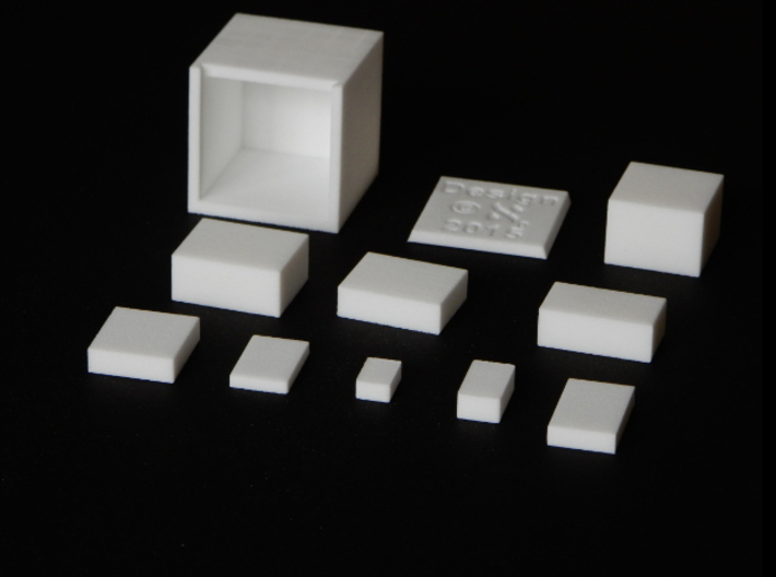 FenCube 3d printed Parts on flat surface
