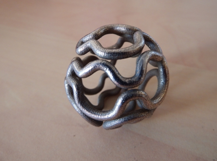 Hamiltonian path on a truncated icosidodecahedron 3d printed