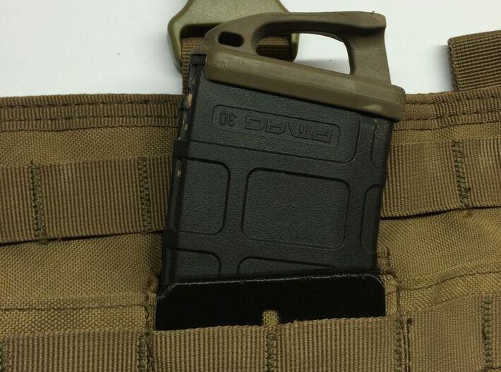 rétention chargeur type M4 5.56 pour poche molle 3d printed