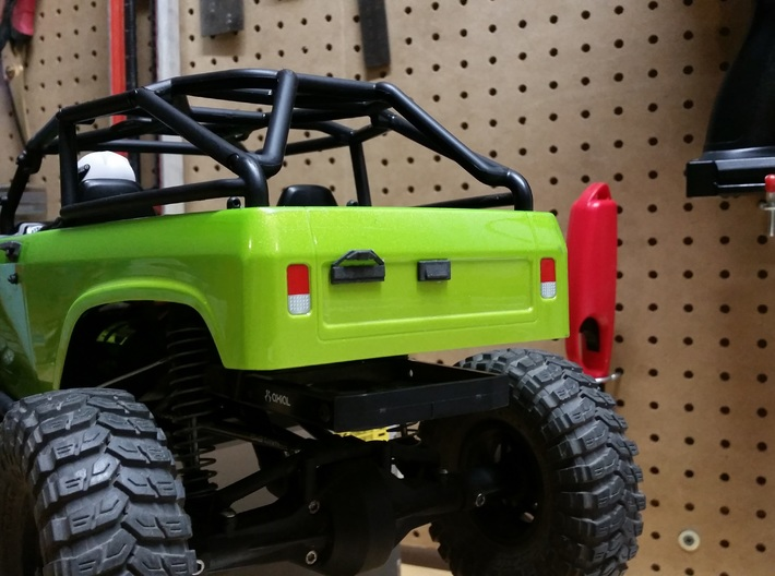 Axial SCX10 1/10 Scale License Bracket 3d printed Painted Flat Black -Tail Gate Latch Sold Separately