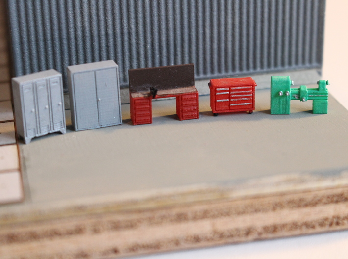 N Scale Workshop Interior Details 3d printed Painted set