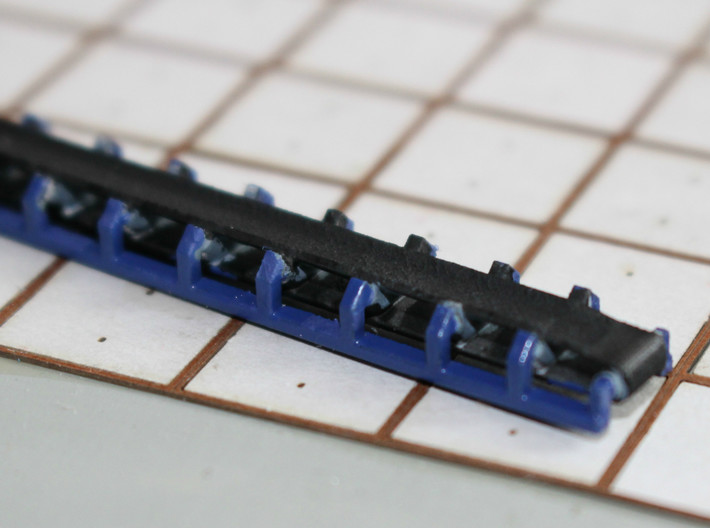 N Scale Aggregate Hopper 4+conveyor 3d printed The conveyor in close up