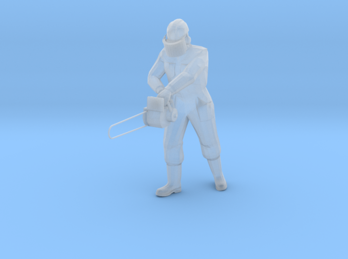 1:120 worker with chainsaw 3d printed