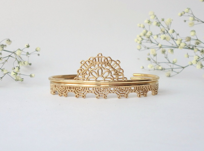 Lace Wrap Cuff - small 3d printed