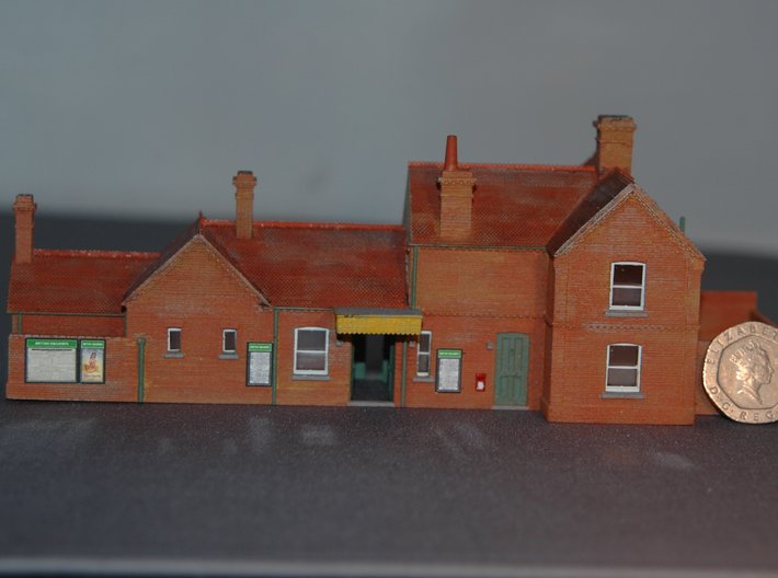 Freshwater (Isle of Wight) Station Building 2mm/ft 3d printed With a 20p coin