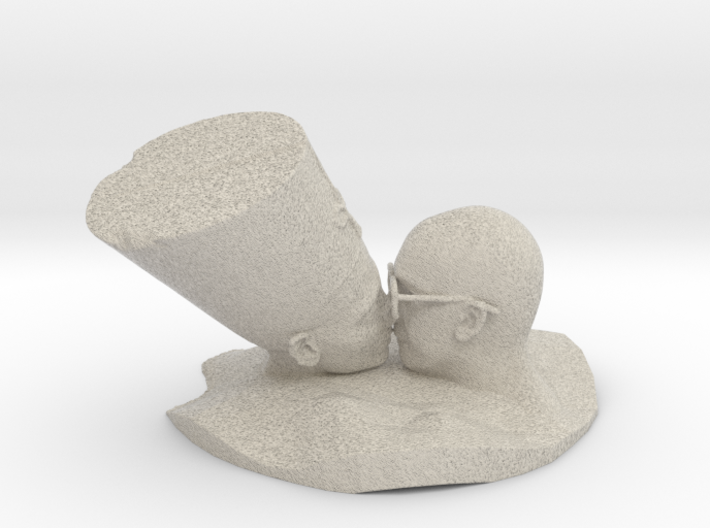 The Kiss 3d printed